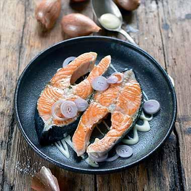 darnes-de-saumon-au-beurre-blanc-cremeux